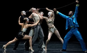 'Inside the self-portrait' … Jonathon Young and Crystal Pite's Betroffenheit.