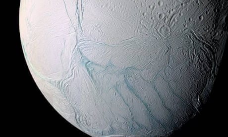 Ocean spray on Saturn moon contains crucial constituents for life