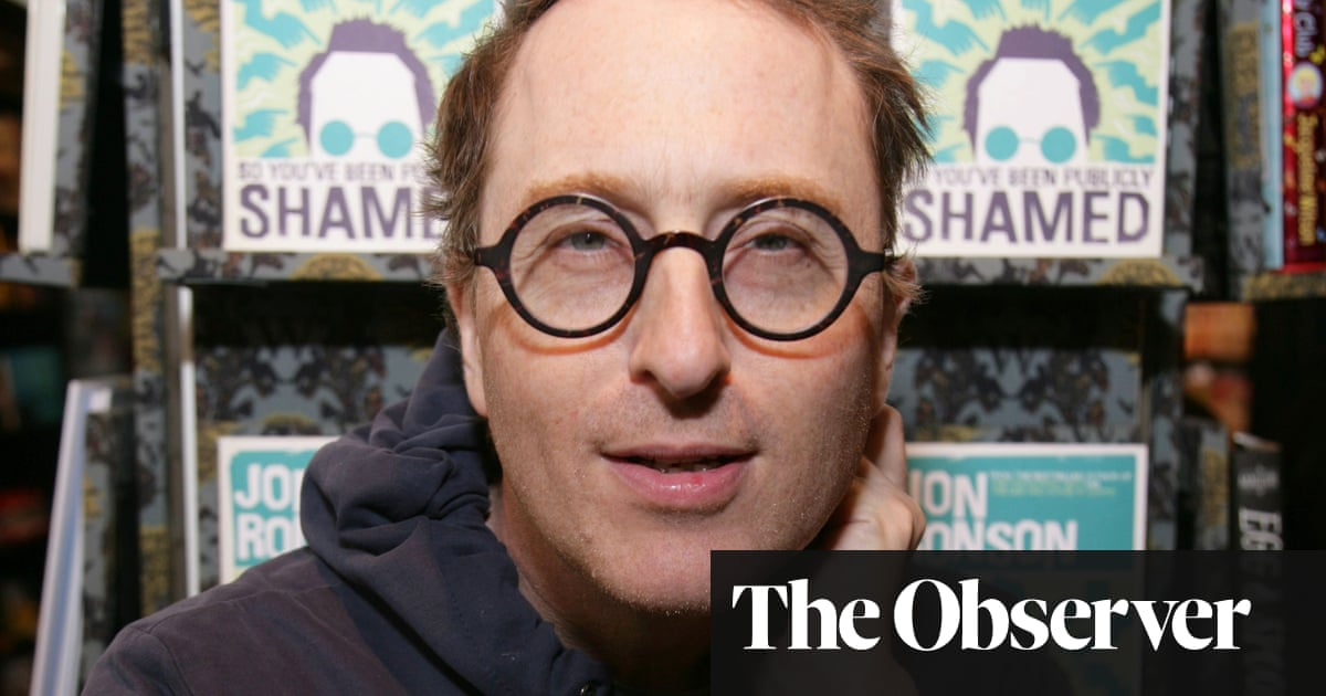 af30e0cfff0f Jon Ronson: 'Time and again on Twitter we act like the thing we purport to  hate'