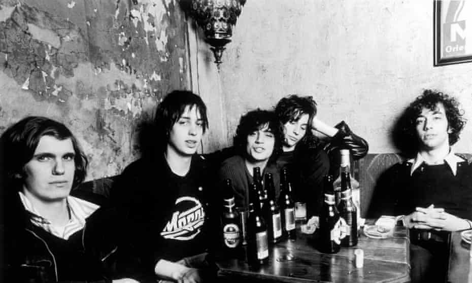 The Strokes, 2001, (l to r) Nikolai Fraiture, Julian Casablancas, Fabrizio Moretti, Nick Valensi and Albert Hammond Jr.