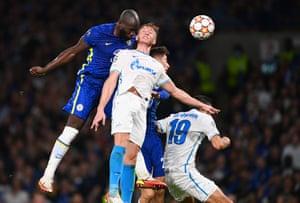 Romelu Lukaku of Chelsea beats Dmitri Chistyakov of Zenit St. Petersburg to score the Blues' first goal.