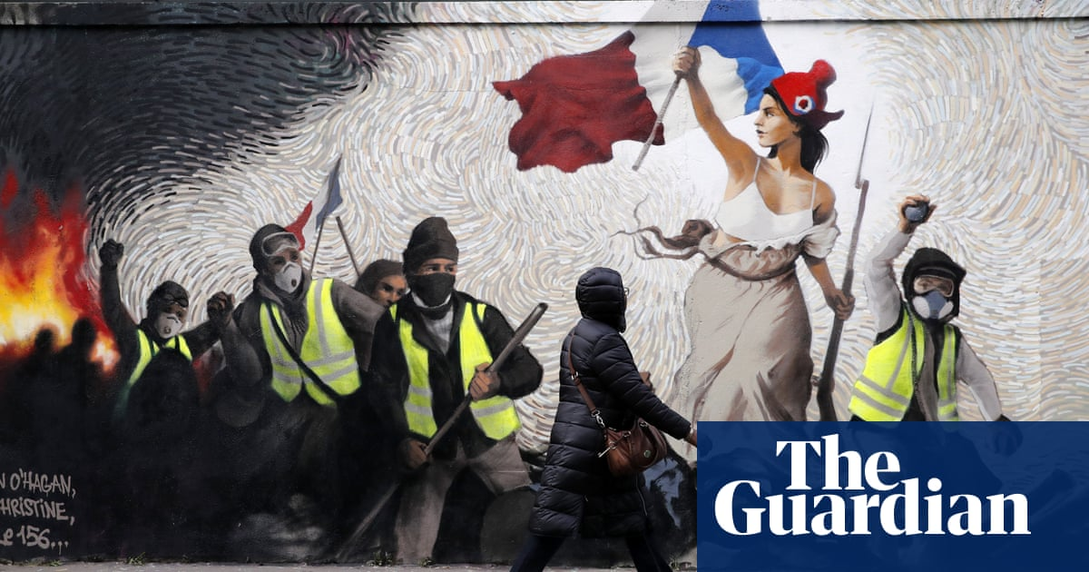 Liberty in Paris and Kim in China: Thursday's top photos