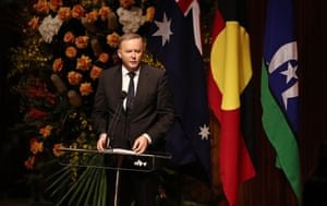 Labor leader Anthony Albanese speaks during the state memorial service.