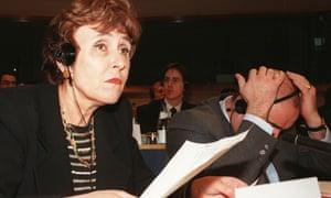 Former EU commissioner Édith Cresson