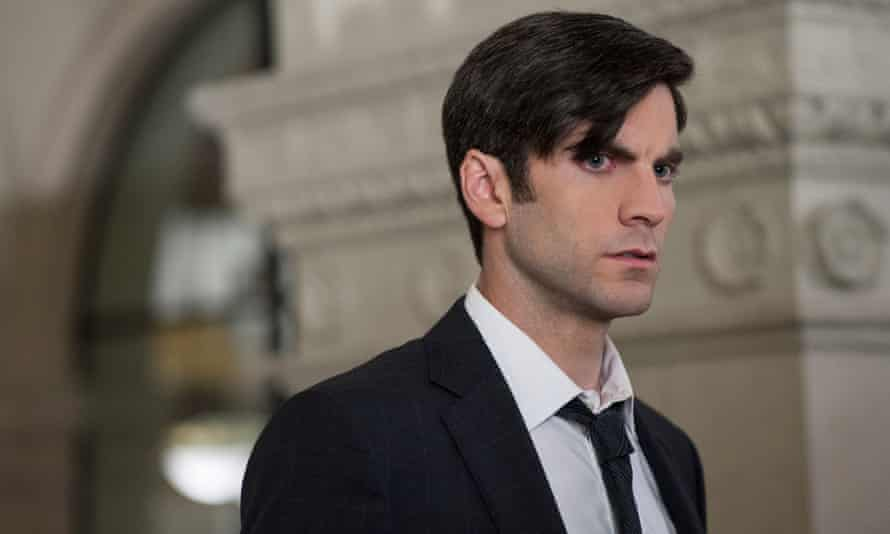 Wes Bentley clearly upset at having to wear clothes in American Horror Story: Hotel