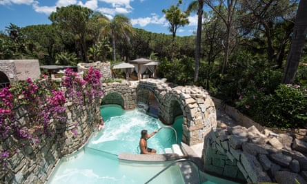 One of the thalassotherapy pools in Sardinia