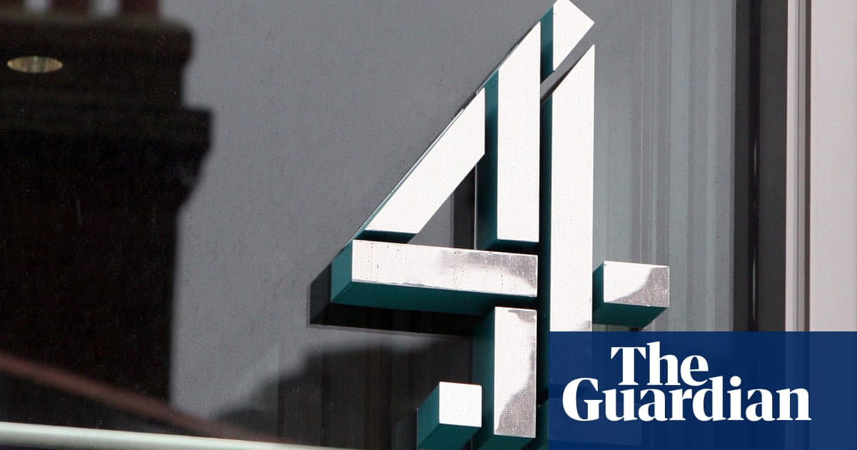 Channel 4 chair criticises government's 'harmful' privatisation plan