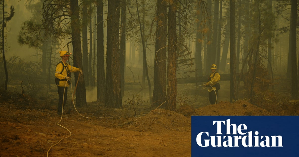 Wind and lightning threaten efforts to contain California's Dixie fire