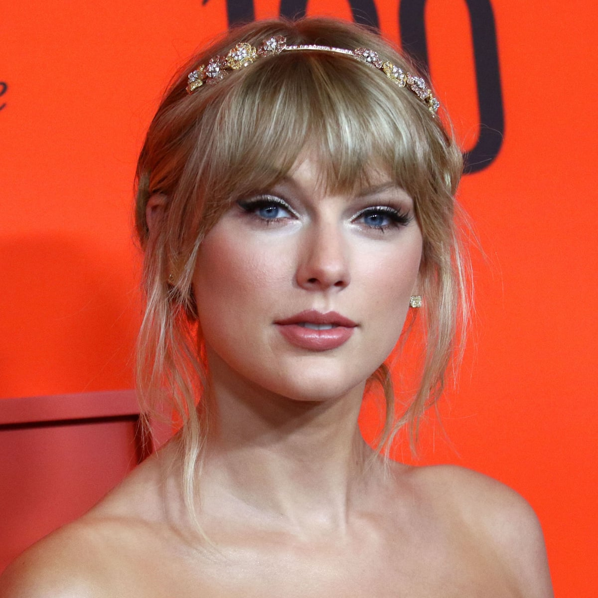 Taylor Swift Disowns New Live Album Calling It Shameless Greed Taylor Swift The Guardian