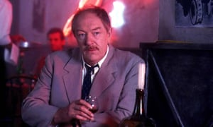 Michael Gambon as Maigret in 1993.