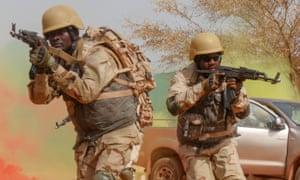 Burkinabé soldiers.