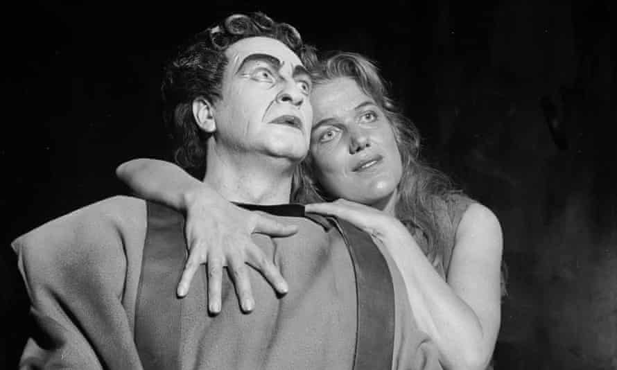 Inge Borkh and Max Lorenz in Richard Strauss's Elektra, performed by the Frankfurt Opera in Paris, 1960.