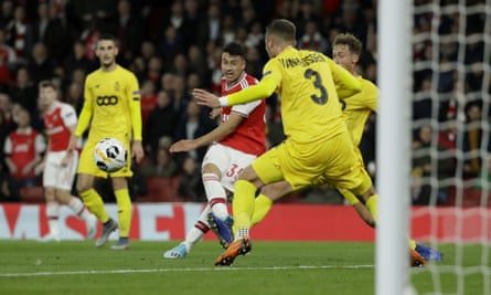 Gabriel Martinelli scores his second goal in Arsenal's comfortable win over Standard Liège.