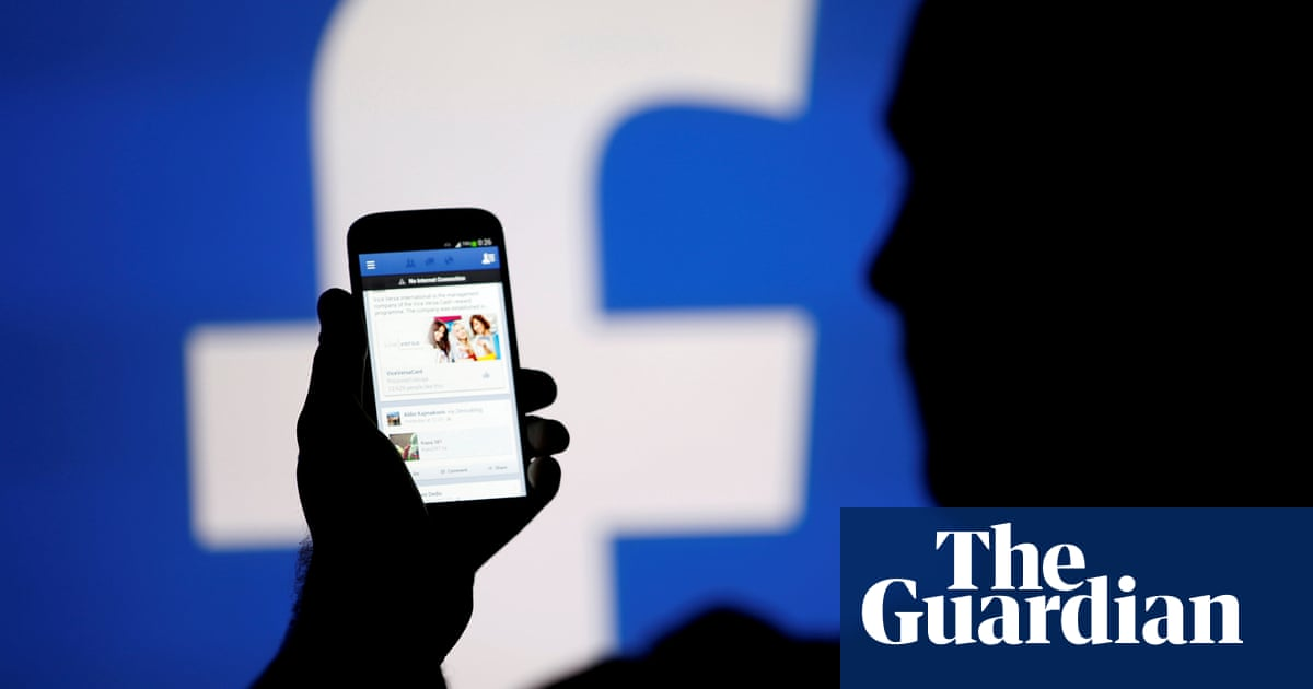 Facebook Labels Russian Users as 'interested in Treason'