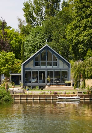 The Amphibious House, Buckinghamshire, UK.