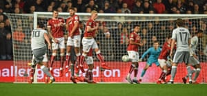 Ibrahimovic score the equaliser from the free-kick.