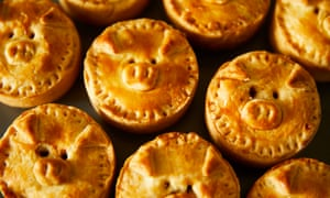 Kim-Joy's pig-themed vegetarian mini-pies.