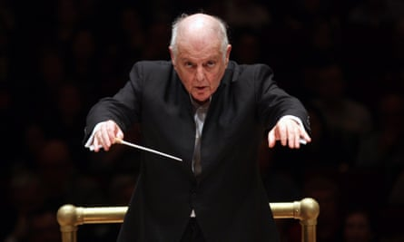 Something indelibly English about this Elgar selection ... Daniel Barenboim leads the Staatskapelle Berlin, 2017.