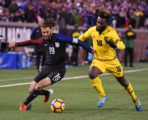 Could Zusi work as a converted full-back?