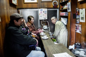 In Amikane, Tsukiji, near the old fish market, this tiny coffee shop only opens twice a week. And then it's only from 7am to about 9am