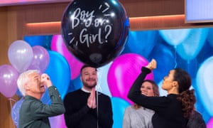 A gender reveal demonstration on This Morning TV show.