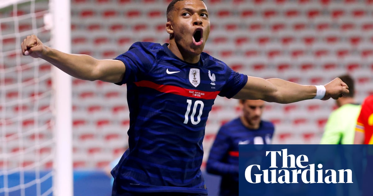 Kylian Mbappé inspires France to win over Wales after Neco Williams sent off