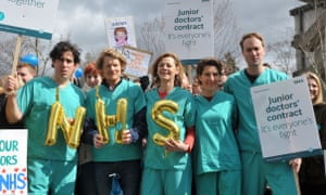 Green Wing cast members support the junior doctors' strike