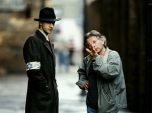 Adrien Brody with Polanksi, during filming of The Pianist, 2002.