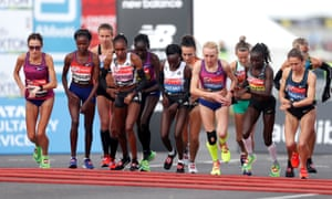 The start of the women's elite race
