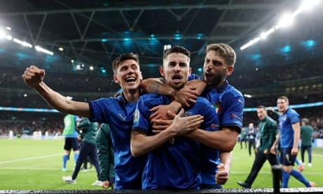 Italy into Euro 2020 final after Jorginho penalty settles shootout against Spain