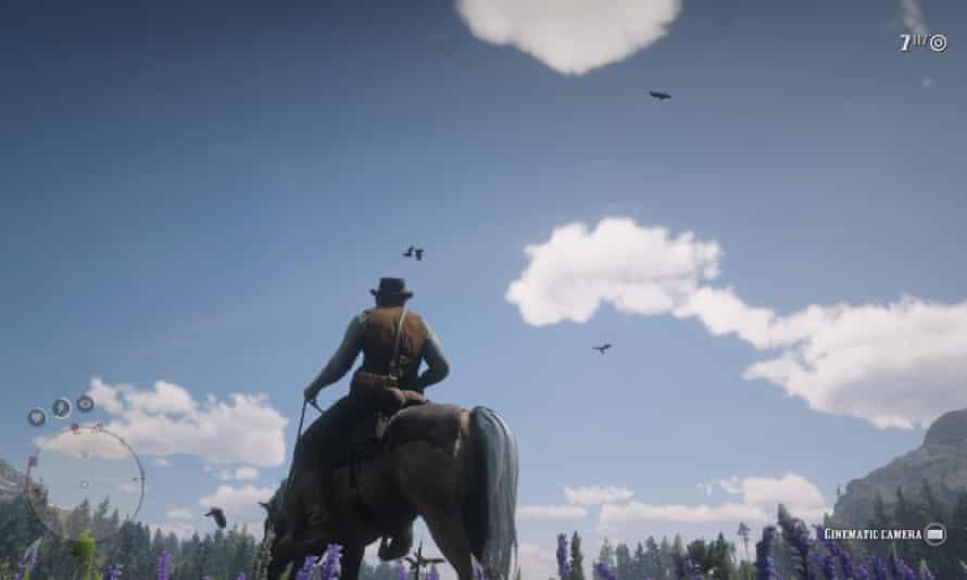 Arthur Morgan watching ravens flying overhead.