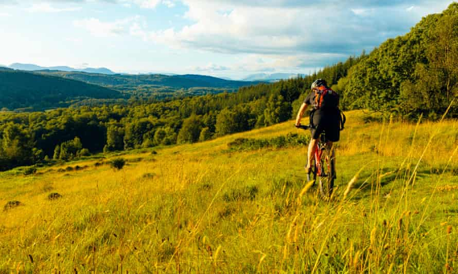 A mountain biker in the Lake District