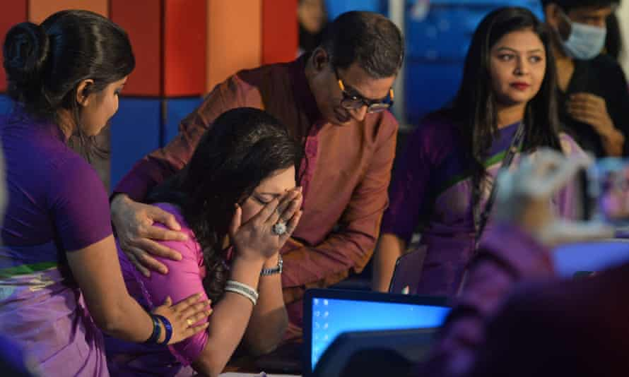 Tashnuva Anan Shishir breaks down after the bulletin
