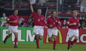 Alan Shearer celebrates his winner.