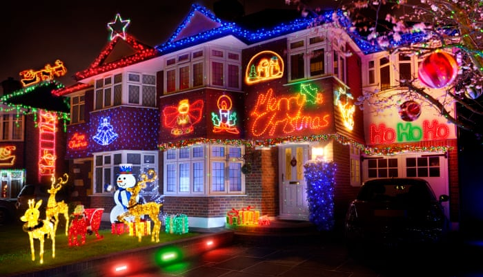How Much Electricity Do Christmas Lights Use.C7 Bulbs Or C9s How Christmas Lights Became A Nerdy