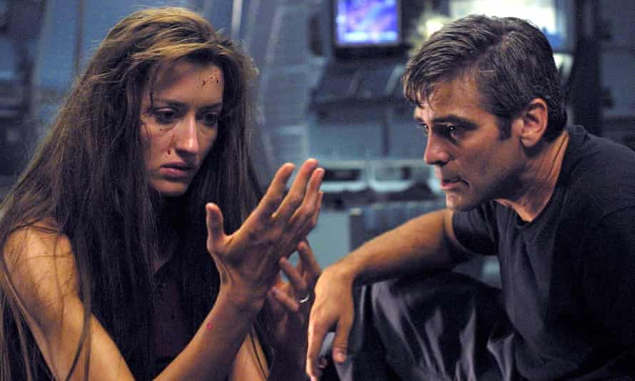 Natascha McElhone and George Clooney in Solaris.