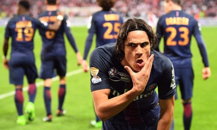 Edinson Cavani celebrates after scoring in the 4-1 Coupe de la Ligue final win over Monaco.