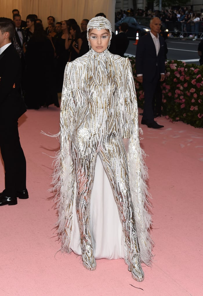 Met Gala 2019 Stars Turn Up The Camp On The Pink Carpet In Pictures Fashion The Guardian