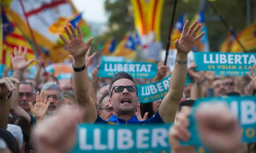 A protest in Barcelona against imprisonment of pro-independence leaders Jordi Sanchez and Jordi Cuixart.