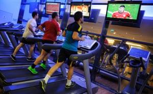 Men on treadmill at a gym