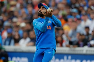 Kohli takes the catch dismiss Coulter-Nile.