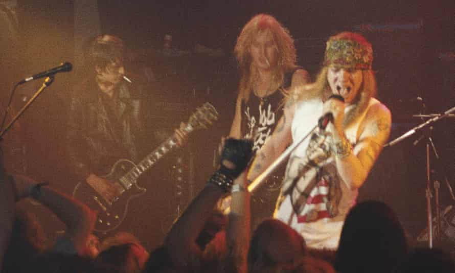 Guns N' Roses in LA, 1989. Izzy Stradlin (left) has rebuffed the claims of Axl Rose, claiming it was all about being paid fairly.