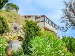 Home & away properties near cliffs, Meschers sur Gironde, Charente Maritime, France