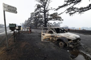 Quaama, Australia: A charred car on Quinlans Road after an overnight bushfire in New South Wales