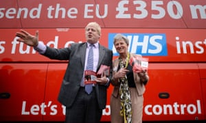 Boris Johnson in front of a Vote Leave bus in 2016