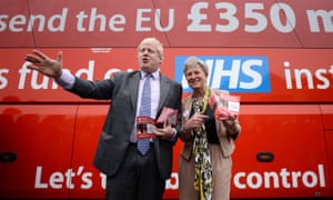 Boris Johnson standing in front of the Vote Leave bus with Gisela Stuart during the EU referendum campaign.