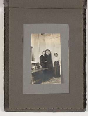Photograph of Ida and Vilhelm Hammershøi in their home, Strandgade 25. 1913