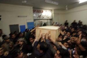 Benazir Bhutto's coffin