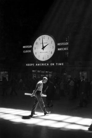 Grand Central Station, New York, 1960 © Neil Libbert
