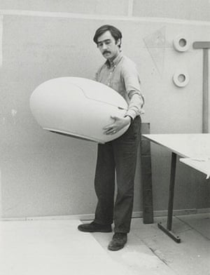 Peter Ghyczy with prototype for Garden Egg Chair, 1967